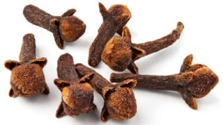 13 Surprising Benefits of Cloves