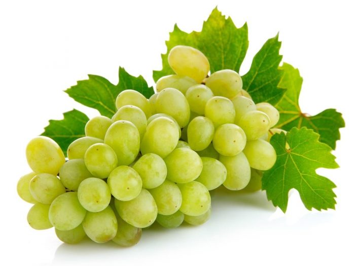 Nutritional Value of Grapes and Raspberries