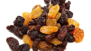 11 Surprising Benefits of Raisins