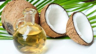 7 Incredible Benefits of Using Coconut Oil For Tanning