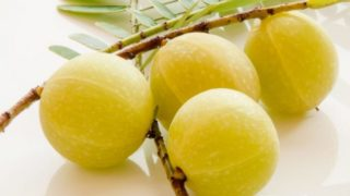 Benefits of Amla Juice for Hair, Skin & Health