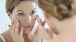 Facial Yoga Becomes The New Anti-Aging Cream
