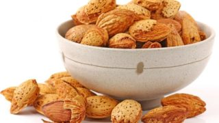 Apricot Seeds: Benefits, Nutrition & Side Effects