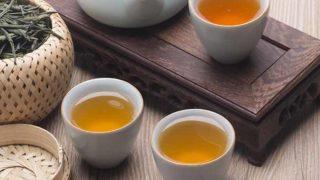 Agari (Konacha): Japanese Green Tea Served With Sushi