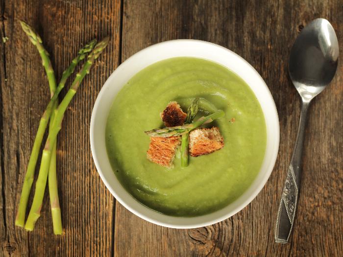 How To Make No-Cream Asparagus Soup