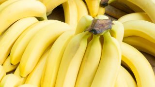 10 Wonderful Benefits Of Banana Oil For Your Skin & Hair