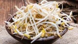 10 Amazing Health Benefits of Bean Sprouts