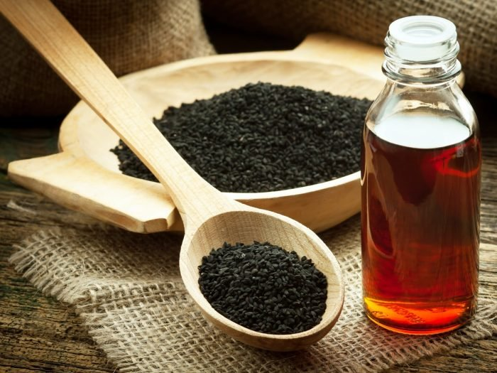 How to Use Black Seed Oil for Weight Loss | Organic Facts