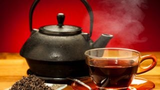 12 Research-Backed Health Benefits Of Black Tea