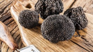 12 Amazing Health Benefits of Truffle