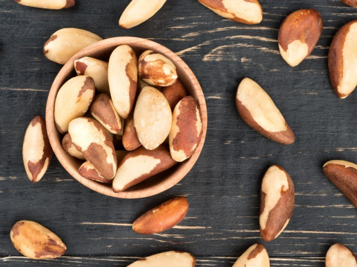 21 Surprising Health Benefits of Brazil Nuts