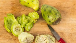 How To Eat Cactus Pear (Prickly Pear)
