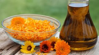 8 Impressive Benefits of Calendula Oil