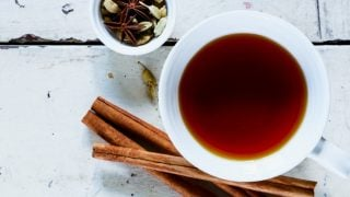 10 Incredible Benefits of Cardamom Tea