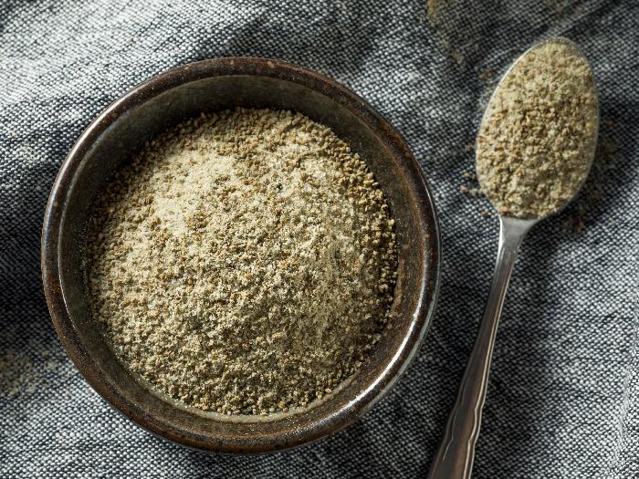 Homemade Celery Salt & How To Use It
