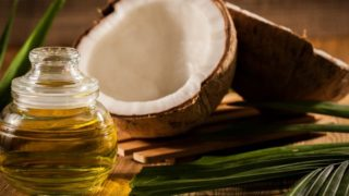 16 Proven Health Benefits & Uses of Coconut Oil