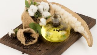 7 Amazing Benefits & Uses of Cottonseed Oil