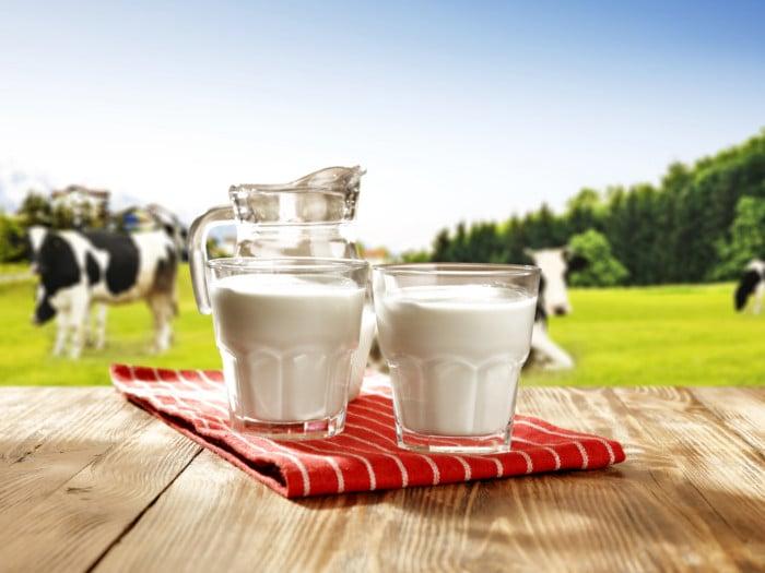 4 Surprising Benefits of Organic Milk | Organic Facts