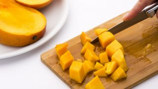 How to Cut a Mango?