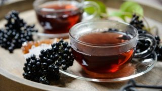 Elderberry Tea- Benefits, How to Make & Side Effects