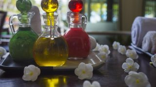 5 Essential Oils for Toothache and Oral Health