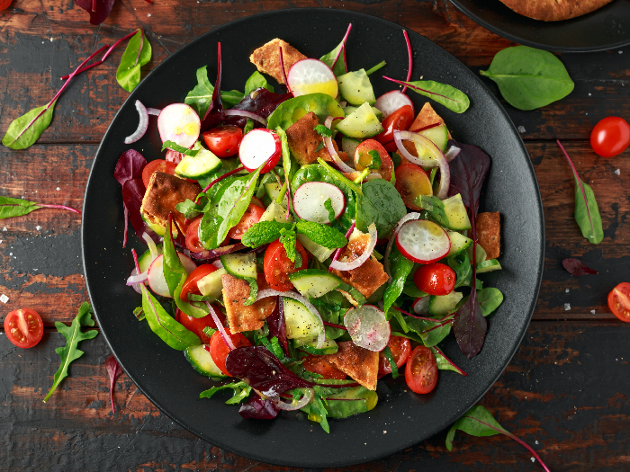 Fresh & Zingy Fattoush Salad Recipe