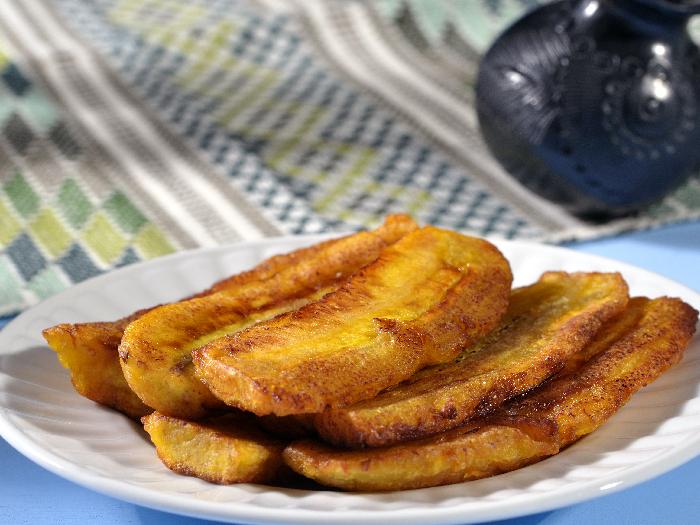 Kelewele: Ghanian Spicy Fried Plantain