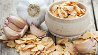 Granulated Garlic: Substitutes & Availability