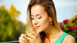 Drinking Hot Tea Linked To Lower Glaucoma Risk