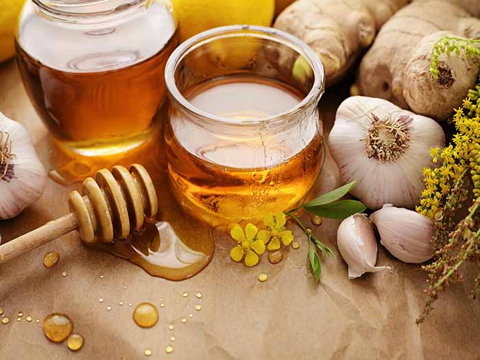 The Benefits of Consuming Raw Honey