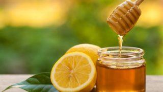 8 Impressive Honey and Lemon Benefits