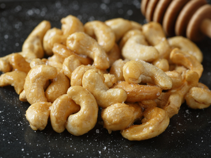 Honey Roasted Cashews: A Crunchy Evening Snack
