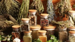 How to Dry Herbs Quickly
