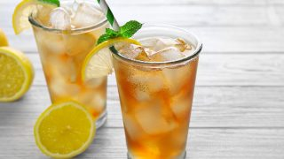 Lemon Iced Tea Recipe: A Summer Treat