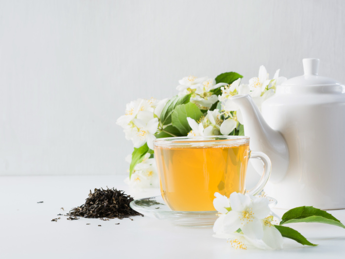 What Is Jasmine Tea & How To Make It