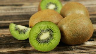 19 Best Benefits of Kiwi Fruit