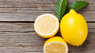 12 Evidence-Based Benefits of Lemon