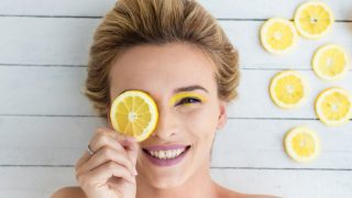 4 Effective Ways of Using Lemon Juice for Acne (Pimples)