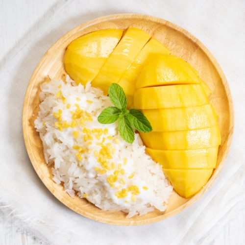 Mango and sticky rice on a table