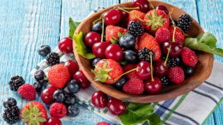 Mixed Berry Salad Recipe