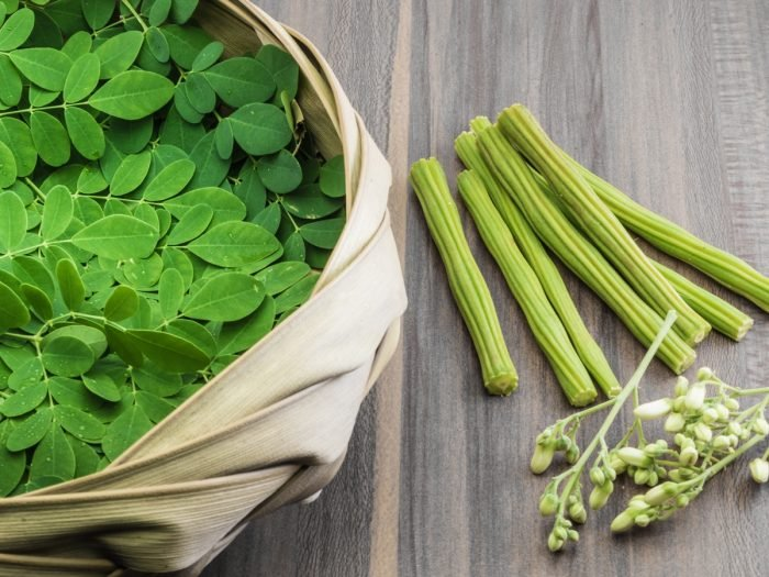 18 Science-Based Benefits & Uses of Moringa Oleifera
