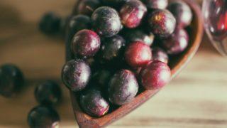 6 Amazing Benefits of Black Grapes