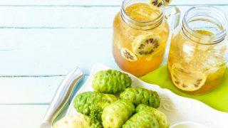 14 Impressive Benefits of Noni Juice