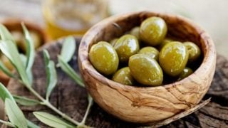 8 Surprising Benefits of Olives