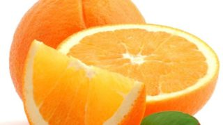 9 Best Benefits of Oranges & Nutrition Facts