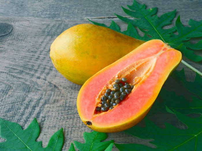 13 Surprising Benefits of Papaya (Pawpaw) | Organic Facts