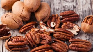 15 Surprising Benefits of Pecan Nutrition