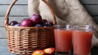 6 Surprising Benefits of Plum Juice
