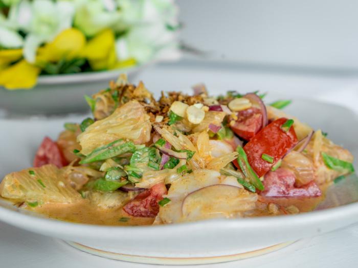 The Classic Spicy Thai Pomelo Salad Recipe