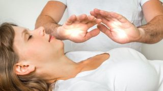 7 Amazing Benefits of Reiki